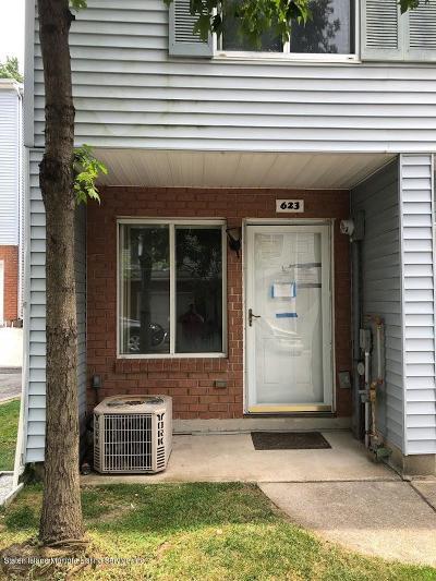 Staten Island Single Family Home For Sale: 623 Ilyssa Way