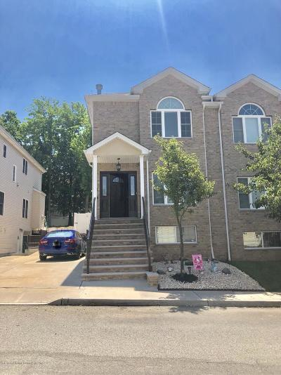 Staten Island Two Family Home For Sale: 47 El Camino Loop