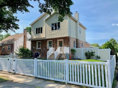 Staten Island Single Family Home For Sale: 483 Netherland Avenue