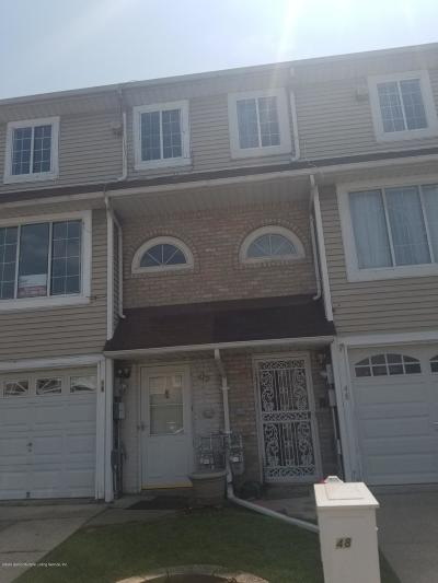 Staten Island Condo/Townhouse For Sale: 46 Carol Place