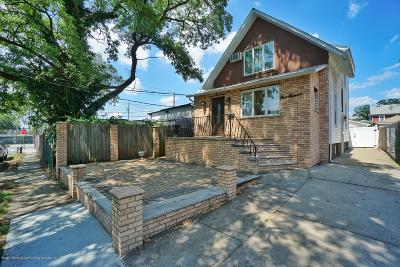 Single Family Home For Sale: 111 Fisher Avenue