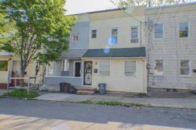 Staten Island Single Family Home For Sale: 47 Bush Avenue