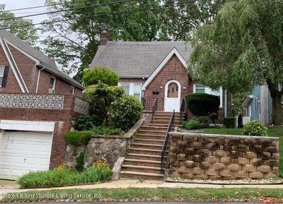 Richmond County Single Family Home For Sale: 60 Hunton Street
