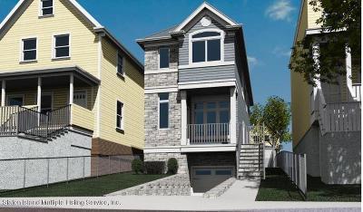 Single Family Home For Sale: 140 Hendricks Avenue