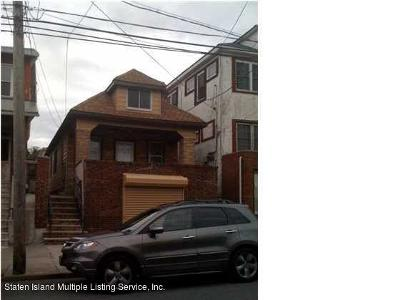 Single Family Home For Sale: 244 Hylan Boulevard