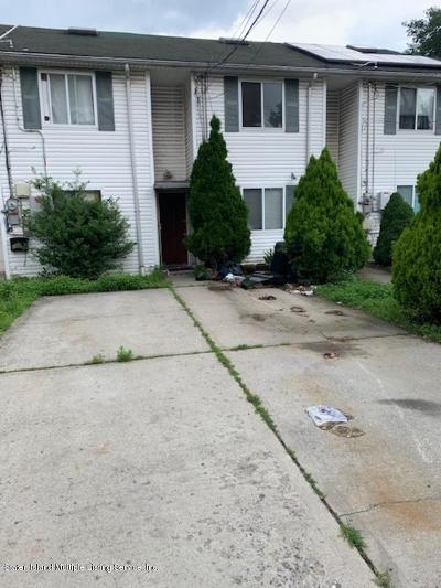 Staten Island Single Family Home For Sale: 142 N Burgher Avenue