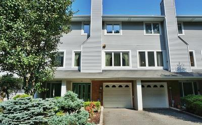 Single Family Home For Sale: 178 Admiralty Loop