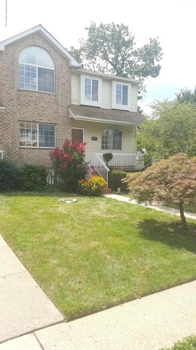 Single Family Home For Sale: 20 Dreyer Avenue #B