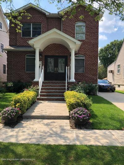 Single Family Home For Sale: 90 Collfield Avenue