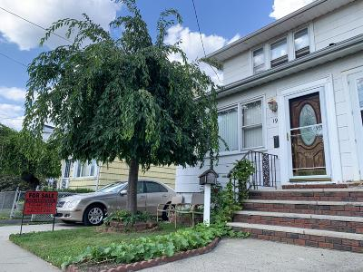 Semi-Attached For Sale: 197 Dubois Avenue