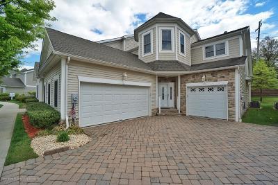 Single Family Home For Sale: 53 Topside Lane
