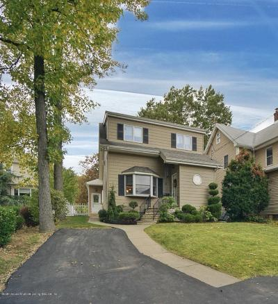 Single Family Home For Sale: 20 Midland Road