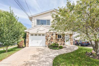 Two Family Home For Sale: 3 Fieldstone Road