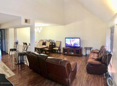Single Family Home For Sale: 52 Jennifer Place #B