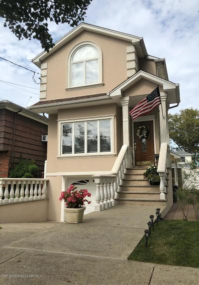 Single Family Home For Sale: 67 Greeley Avenue