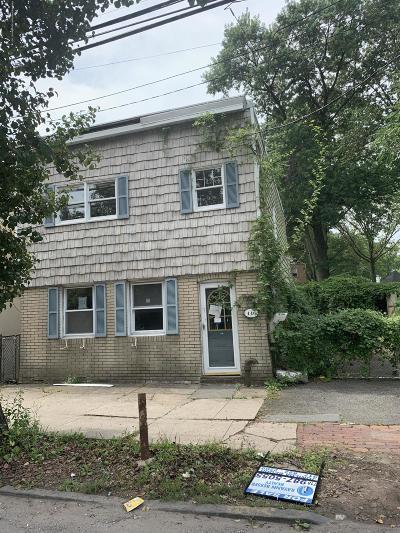 Staten Island Single Family Home For Sale: 446 Tompkins Avenue