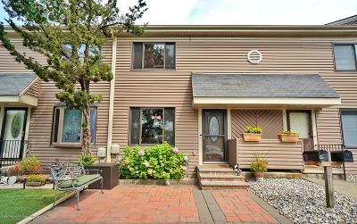 Staten Island Condo/Townhouse For Sale: 15 Cypress Loop