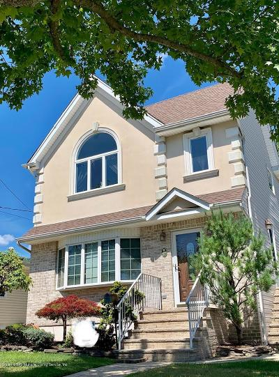 Staten Island Single Family Home For Sale: 17 Liss Street