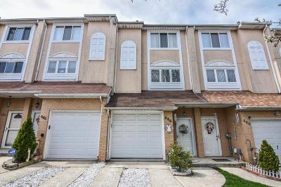 Staten Island Single Family Home For Sale: 464 Winant Avenue