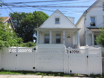 Staten Island Single Family Home For Sale: 57 N Burgher Avenue