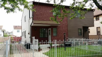 Semi-Attached For Sale: 26 Leyden Avenue