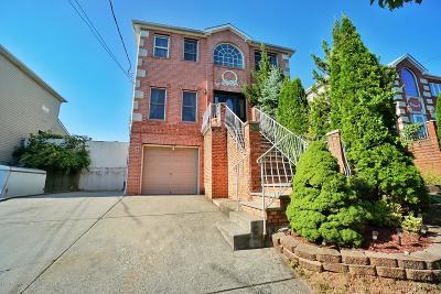 Staten Island Two Family Home For Sale: 5787 Hylan Boulevard