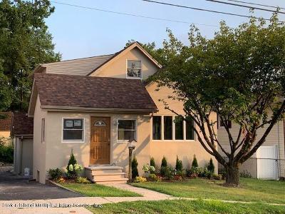 Single Family Home For Sale: 70 Katan Avenue