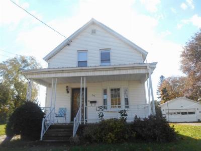 Massena NY Single Family Home For Sale: $69,000