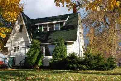 Massena Single Family Home For Sale: 20 Park