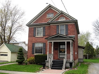 Ogdensburg Single Family Home For Sale: 312 Montgomery St