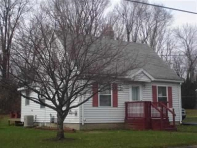 Massena Single Family Home For Sale: 19 Monroe Parkway