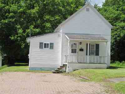 Massena NY Single Family Home For Sale: $26,000