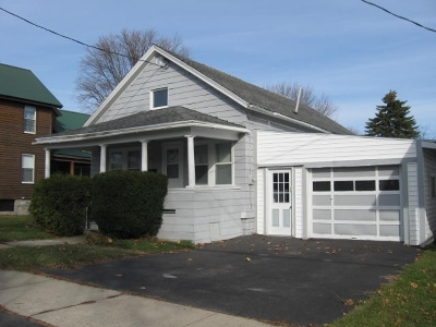 Ogdensburg Single Family Home For Sale: 822 Caroline Street