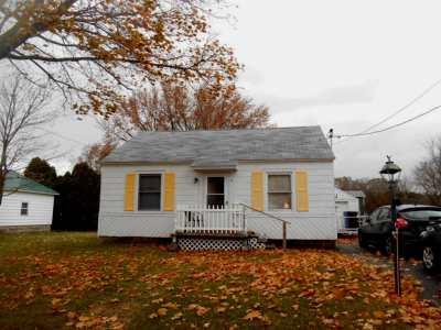 Massena Single Family Home For Sale: 3 Washington Street
