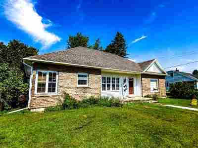St Lawrence County Single Family Home For Sale: 21 Meadow Lane