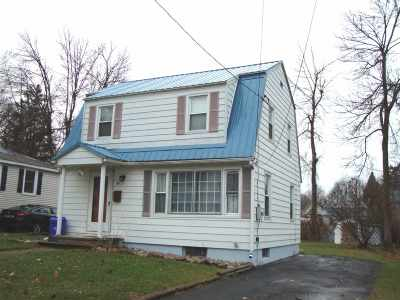 St Lawrence County Single Family Home For Sale: 14 Brighton