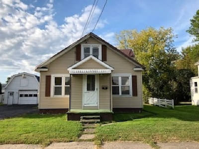 Massena Single Family Home For Sale: 15 Woodlawn Ave.