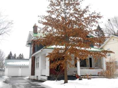 Massena NY Single Family Home For Sale: $96,500