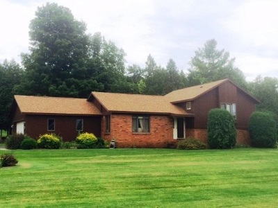 Ogdensburg NY Single Family Home For Sale: $194,900