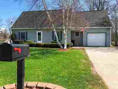 Massena Single Family Home For Sale: 14 Owl Avenue
