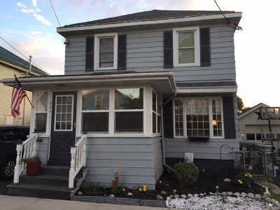 Single Family Home For Sale: 321 Morris Street