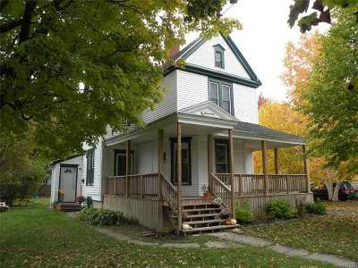 Watertown Single Family Home For Sale: 117 Bowers Ave.