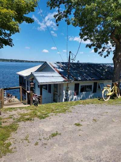 Ogdensburg Waterfront For Sale: 233 River Road East