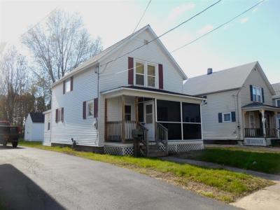 Massena NY Single Family Home For Sale: $49,900