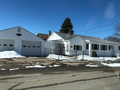 Ogdensburg Single Family Home For Sale: 201 Albany Ave.