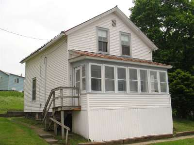 Ogdensburg Single Family Home For Sale: 920 S. Water Street