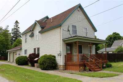 Ogdensburg Single Family Home For Sale: 525 Albany Avenue