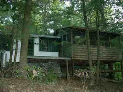 Single Family Home Sold: 39 Mill Quarry