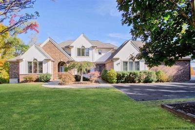 Kingston Single Family Home Fully Executed Contract: 5 Riverview