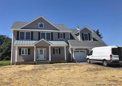 Montgomery Single Family Home Fully Executed Contract: 30 Parsonage Farm Lane